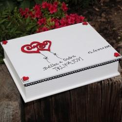 ZAMILOVANÁ dřevěná krabička srdce v oblacích