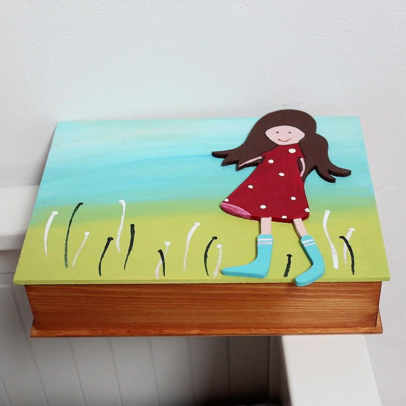 dřevěná malovaná krabička