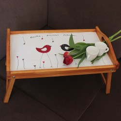 Dřevěný podnos DO POSTELE zamilované cvrlikání