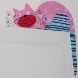 Dřevěná dekorace KOČKA na futra růžovka