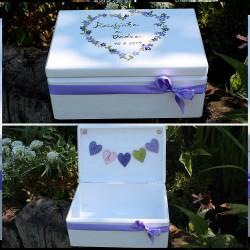 Dřevěná SVATEBNÍ krabička na přání a dary od srdce