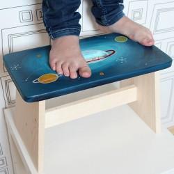Dřevěná stolička VESMÍR