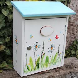 Malovaná poštovní schránka - heřmánek