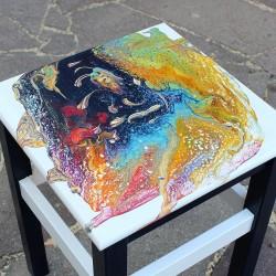 Malovaná dřevěná stolička - Pod hladinou