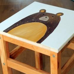 Dětská dřevěná stolička - medvěd