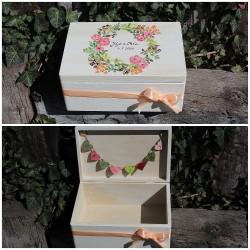 Dřevěná svatební krabička na přání a dary LOVE