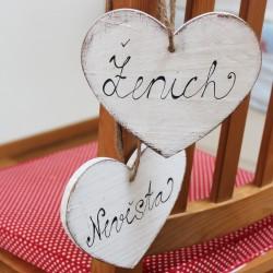 Svatební cedulka na židli - ženich / nevěsta