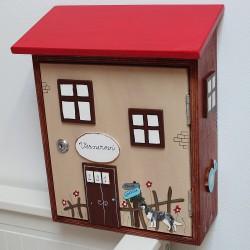 Dřevěná poštovní schránka DOMEČEK za Prahou