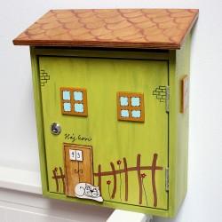 Dřevěná poštovní schránka DOMEČEK jarní